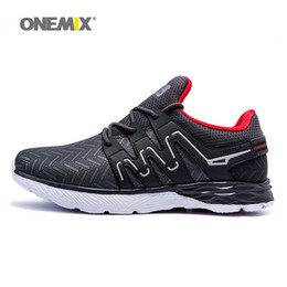 Wholesale mens gray boots - Onemix Man Running Shoes For Men Free Run Athletic Trainers Soft Sole Sports Shoe 2018 Mens Gray Fashion Classic Outdoor Go Walking Sneakers