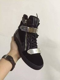 Wholesale Italian Women Shoes Brands - Italian designer men casual shoes brand new women sneakers white color with Metal decoration Double zipper low and high top