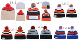 Wholesale Beanie Sports Teams - 2018 New Winter Beanies Hats American Football 32 teams Beanies Sports Beanie Knitted Hats drop shippping Snapbacks Hats album offered