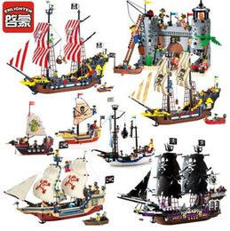 Wholesale Enlighten Blocks Pirates - Enlighten Pirates Of The Caribbean Brick Bounty Pirate Ship Building Blocks Gifts for kids Block Puzzle Toys & Gifts
