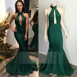 Wholesale emerald party dresses - Real Photos Emerald Green Prom Dresses Halter Mermaid Arabic South African Low Back Graduation Gown Plus Size Party Dresses Evening Wear