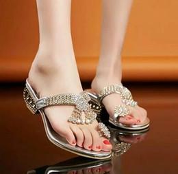 Wholesale Piercing Glitter - Wholesale-New Brand Designed Pierced Rhinestone Women Slippers Bohemia Glitter Slides Fashion Square Heel Summer Party Slippers Big Size