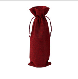 Sacchetti di pistola online-Jute wine, champagne bottles, bags, gift bags, gunny bags, wedding decorations, free delivery A linen bottle, a coffee salad line, a red win