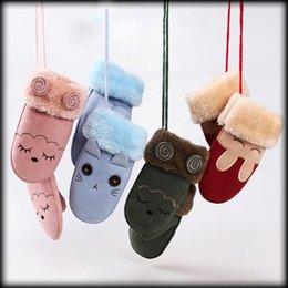 Wholesale Hanging Girls Neck - Christmas Children Finger Gloves winter warm boys and girls cartoon animal gloves 40 styles Hanging neck type Mittens C2760