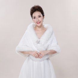 Wholesale Elegant Wedding Bolero - In Stock Elegant Hot Sale Faux Fur Wedding Jacket Warm Bridal Bolero Wedding Shawl Bridal Wraps For Wedding Evening Prom Dresses