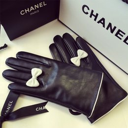 Wholesale Thermal Bamboo - Wholesale- 2016 women's bow genuine leather gloves thin touch screen plus velvet thermal