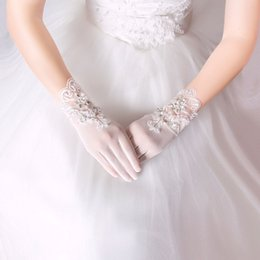 Wholesale White Off Wedding Gloves - Off White Short Bridal Gloves 2017 New Arrival Bridal Gloves Floral Applique with Shining Sequins Beads Wedding Accessories Free Shipping