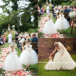 Wholesale Cute Simple Dresses - 2017 Cute Ball Gown Flower Girls Dresses For Weddings Floor Length Tulle Simple First Communion Dresses with Bow Sash