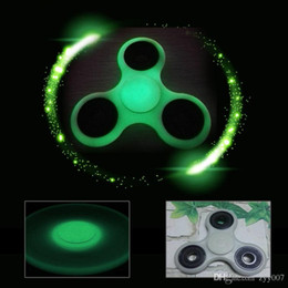 Wholesale Skateboard Glow - Glowing In The Dark Tri-Spinner Fidget Toy Plastic Hand Spinner Steel Bearing For Autism ADHD Anxiety Stress Relief Toys Gift