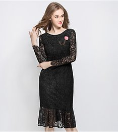 Wholesale Scoop Neck Long - 2017 Black Lace Dress With Long Sleeves Elegant Women Dresses For Parties Scoop Neck Rouse Brooch