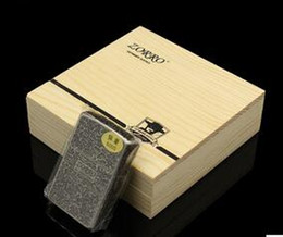 Wholesale Zorro Oil Lighters - Hong Kong brand ZORRO 5 the surface etching metal windproof lighter kerosene ancient silver Five surface xiangyun lighter wood box
