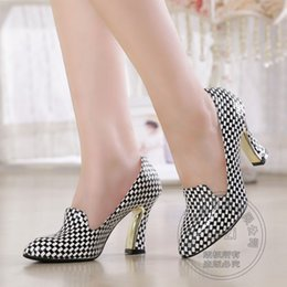 Wholesale Stone Party Shoes - mosaic Patent Leather Stone Pattern Thick High Heels Supercolor Spring Autumn 2015 Italian Shoe And Bag Set For Party In Women