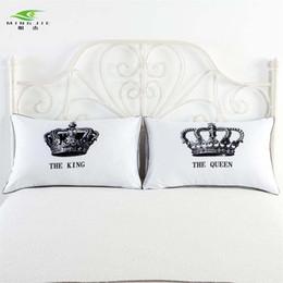 2019 corona de la reina blanca Al por mayor- Funda de almohada MINGJIE New Arrive Fundas de almohada de Royal Crown Skull cubren a la reina rey Diseñador Decorativo Pareja Shams blanco 1 par 48x corona de la reina blanca baratos