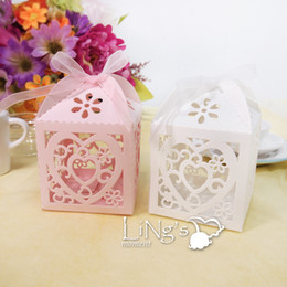 Wholesale Chinese Favor Boxes Cheap - 2017 Candy boxes New Arrival White,Pink Wedding Favor Holders 6*6*6cm Wedding Suppliers Candy Holders Cheap