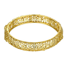 Wholesale American Fashion Online - 2017 New Fashion Hollow Gold-plated Bracelets with Zircon Noble pattern Shape for Christmas Present Online wholesale