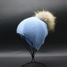 2019 Winter Baby Kids Hat 15cm Dyed Raccoon Fur Pom Poms Bobble Hats  Knitted Beanie Cap For Children From Chen394931608 f81256878337