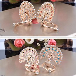 Wholesale Mounted Peacock - Wholesale Universal Luxury Bling Diamond Peacock Ring Holder Stand Crystal Kickstand Lazy Mounts Support For Mobile Phone Samsung Tablet