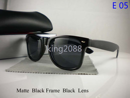 Wholesale Glass Uv Resin - 1Pcs New Designer Fashion Mens Womens Sunglasses UV Protection Beach Vintage Sport Sun glasses Retro All Black Eyewear With Original box