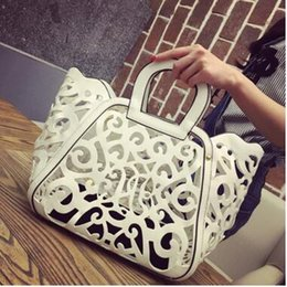 Wholesale Hot Girl Open - Hot Casual New 2017 Spring women's handbag fashion cutout carved handbag shoulder bag Girls hollow package tassel bag