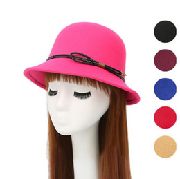 ladies dome hat style Coupons - Hot sale British ladies autumn and winter dome leather woolen woolen hat style hat ceremony cap M019 with box