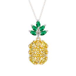 Wholesale Crystal Fruit Plate - Sanbuzhi Brand New Hot Fashion Yellow Cubic Zircon Pineapple Necklaces for Women Jewelry Cute Fruit Style Crystal Pendant Necklace ZN01