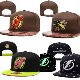 Wholesale Devil Hats - Tampa Bay Lightning New Jersey Devils San Jose Sharks Baseball Snapbacks Baseball Cap Embroidered Team logo Hats Adjustable Cap