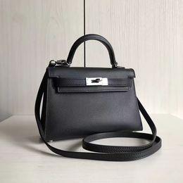 Wholesale H Handbags - Whole 1st layer cowhide Top quality women genuine calfskin Leather EVELYN 30cm messenger handbag shoulder bag tote purse h togo real leathe