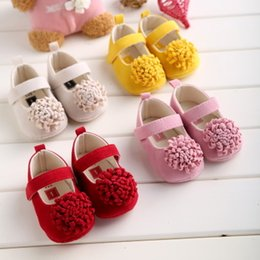 Wholesale Soft Cotton Baby Dresses - Wholesale- Hongteya 4colors Flower Cotton Baby Shoes Moccasin Girls Newborn Dress Shoes Soft Bottom Infants Crib Sneakers Cute First Walker