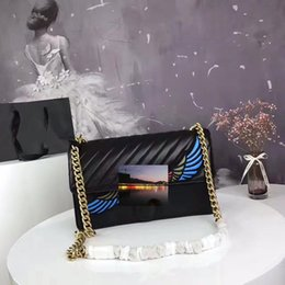 Wholesale Black Doctors Bag - Fashion Women's Shoulder Bags Embroidery Italian Fashion Catches Fashion Bags 2017 Latest Black Pink Black Flower Size 27 * 17 * 7