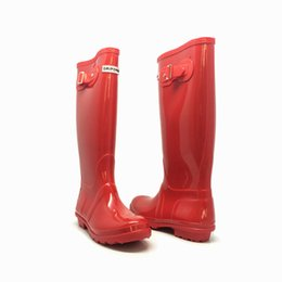 Wholesale Tall Waterproof Boots Women - High quality 18 color men women Brand hunt@e tall short mid-calf rainboot low heels waterproof welly rain boots rubber water classic shoes