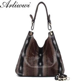 Wholesale Crocodile Embossed Handbags - Wholesale- New Arrival 100% GENUINE LEATHER crocodile pattern embossed real cowhide women shoulder bags female snake big handbag B1522
