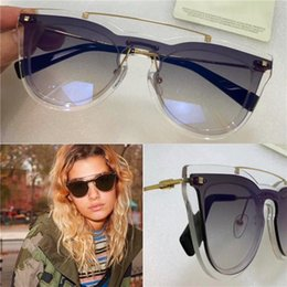 Wholesale Newest Design Sunglasses - The newest popular fashion sunglasses Low-key luxury ladies style special design lens ultra-light eyewear 4008 top quality and handwork