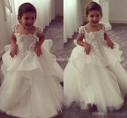 Wholesale Cute Little Girl Baby Images - Cute Ball Gown Flower Girl Dresses For Weddings Vintage 3D Floral Appliqued Little Baby Gowns 2017 Lace Baby Child First Communion Dresses