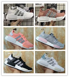 Wholesale Round Sequins - NMD R1 Primeknit Tri color Pink Black Triple OG Running Mens Shoes Nmds Runner Primeknit Sneakers Originals Classic Casual Shoes Sequins
