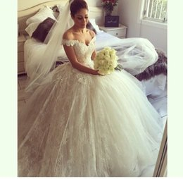 Wholesale Wholesale Tulle Wedding Gowns - 2017 Elegant New V Neck Off the shoulder Ball Gown Wedding Dresses Floor-Length Lace Backless Bridal dresses