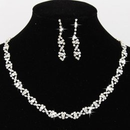 Wholesale Diamond Wedding Necklace Sets - 2017 Bling Crystal Bridal Jewelry Set Silver Plated Necklace Diamond Earrings Wedding Jewelry Sets for Bride Bridesmaid Accessories CPA796