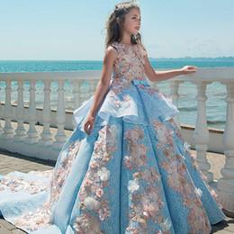2019 desfile nacional vestidos chicas Vestidos de lujo de encaje azul para niñas Vestidos de joya Cuello Apliques Hasta el suelo Vestidos de flores para niñas Vestidos de fiesta de boda para cumpleaños