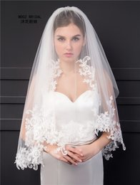 Wholesale Ivory Lace Veils Short - Wedding Veil with Comb 2017 Elbow Length Two Layers Lace Applique Edge Short Bridal Veils Factory Wholesale Price High Quality New Brand