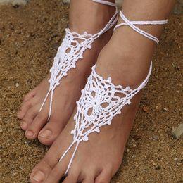 Joyas de ganchillo online-Crochet, sandalias descalzas blancas, zapatos desnudos, joyas de pie, ropa de playa, zapatos de yoga, tobilleras de novia, accesorios de playa, sandalias de encaje blanco, CJ065