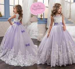 Wholesale Rhinestones For Pageant Dresses - 2017 Beautiful Lilac and White Flower Girls Dresses Beaded Lace Appliqued Bows Pageant Gowns for Kids Wedding Party Custom Made Communion