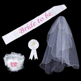 Bride To Be 1 Set BLANCO Rosetón Mantilla Badge Sash Liga Velo Hen Night Party 4 pcs / set Despedida de soltera desde fabricantes