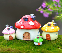 Wholesale Free Miniatures - Free shiping 4size 4color Mini mushroom with dot fairy decorative tiny garden and home desk artificial resin miniatures accessory