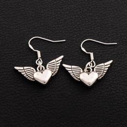 geflügelten herz Rabatt 925 Silber Angel Angel Wing Herzförmige Ohrringe E189 40pairs / lot tibetischen Silber Kronleuchter 25x27mm