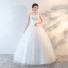 Wholesale One Shoulder Bling Dresses - Wedding Dress 2017 New Sweetheart Floor-length Lace Up Ball Gown One Shoulder Princess Vintage Bling Bling Glitter Bridal Gown F