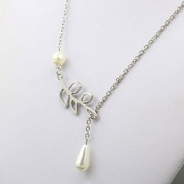Wholesale Cheap Jewelry Accessories For Wedding - 2017 Cheap Bridal Jewelry Silver Necklace Leaf Pearl Wedding Accessories For Prom Evening Party Free Shipping