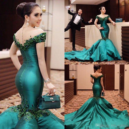 Wholesale Silk Chiffon Evening Cocktail - Emerald Green Elegant Prom Evening Wears 2017 Trumpet Train Off Shoulder Sheath Mermaid Party Cocktail Gowns Beaded Appliques High Quality