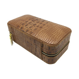 All'ingrosso New Cohiba coccodrillo Brown humidor sigari in pelle di grano casi può contenere 6 Sigaretta Fancy Blown Gift Box Floccaggio da