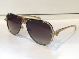 Wholesale Designing Brand Logo - 8200882 Sunglasses Luxury Women Brand Design Diamond Animal Frame Leopard Logo Legs Top Quality UV Protection Sunglasses Come With Red Case