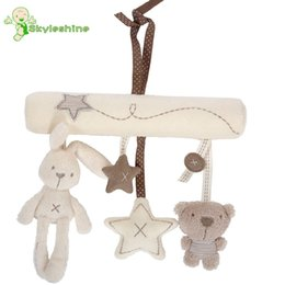 Wholesale bear musical - Wholesale- Skyleshine 2pcs Lot Stuffed Baby Bed Stroller Hanging Rattle Plush Baby Rabbit Bear Musical Mobile Toys For Carriages#ML0184