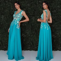 Wholesale Classy Formal Gowns - Classy Long Prom Dresses Lace Appliqued Dress Evening Wear Sexy Sheer Backless V Neck Formal Party Gowns